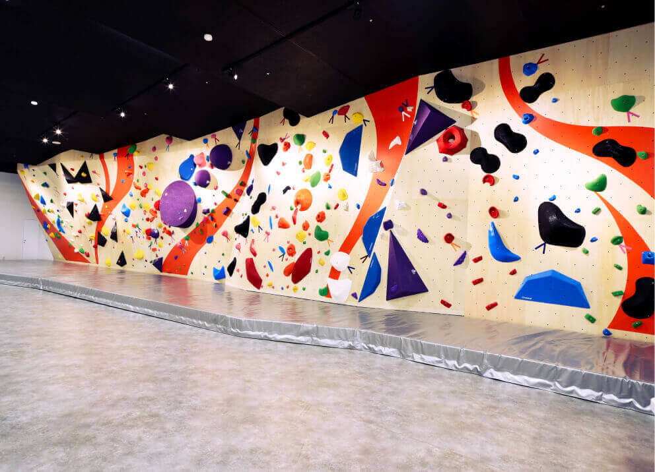 Dボルダリング釧路店はキッズにもおすすめの施設です