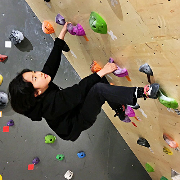 「遊び感覚」の延長で楽しく身体を動かすことで運動神経の発達と向上を目指せます!